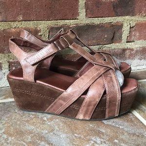 Antelope Brown Strappy Platform Wedge Sandals 6-7